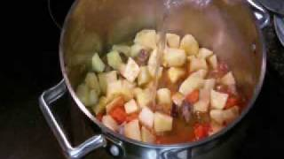 Somali Recipe for Spaghetti Sauce with Vegetables
