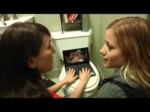 原來女人在廁所什麼事都能做,就連18禁的事情都能互相討論….