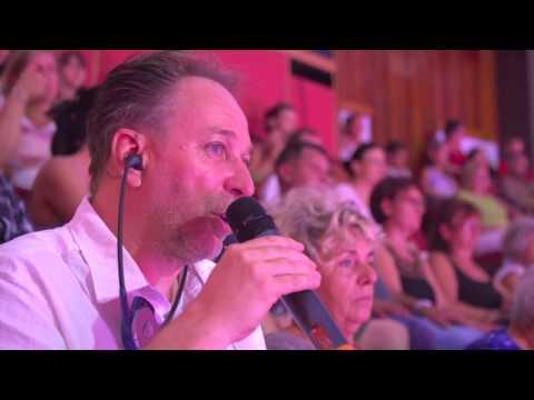 A 7.Tv híradójának beszámolója az audiónarrált előadásról