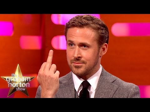 Ryan Gosling Doesn't Want to Watch His Dancing Videos - The Graham Norton Show (видео)