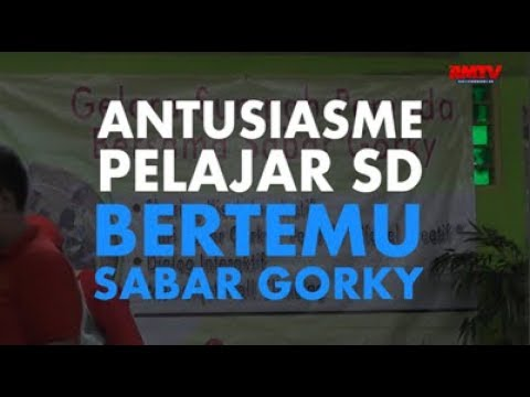Antusiasme Pelajar SD Bertemu Sabar Gorky