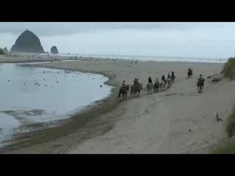 Cannon beach Oregon Horseback Riding on beach www.freecarshow.com