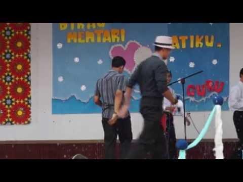 Persembahan Khas Fikri & Azfar Hari Guru 2014