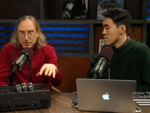 steve - http://cnet.co/1fazc6k The end of the year wouldn't be complete without a penultimate appearance from CNET Audiophiliac Steve Guttenberg. In this episode, we...