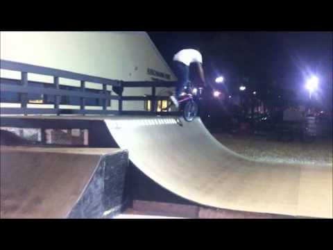 Edge skatepark bmx