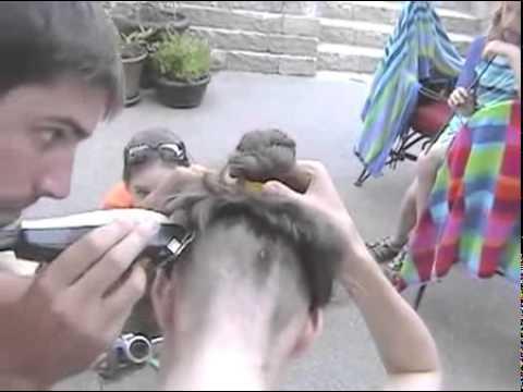 Баба бреет голову порно 3