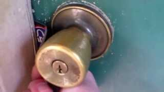 locksmith Video – Emergency Lockout 4