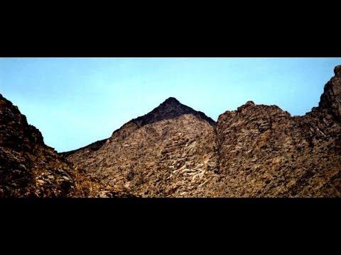 The Real Mount Sinai Found in Saudi Arabia (ReUpload) (видео)