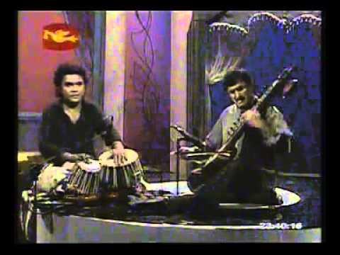 Dilruba musical instrument Nishadh Handupathirana