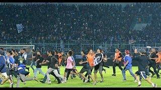 Video Ini Pemicu K3rvsvh4n di Laga Arema FC vs Persib Bandung, Aremani Masuk lapangan MP3, 3GP, MP4, WEBM, AVI, FLV Januari 2019
