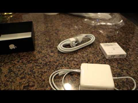 , title : 'MagSafe & MagSafe to MagSafe 2 Converter Unboxing & Review'