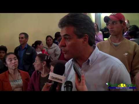 Governador Beto Richa entrega novas moradias e obra de saneamento em Guaraniaçu e Diamante do Sul