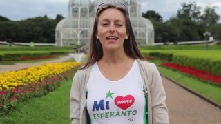 Entrevista realizada 27/02/2015 no Jardim Botânico de Curitiba, Paraná - Brasil. Legendas disponíveis em português. Aprenda esperanto: http://lernu.net/ ...