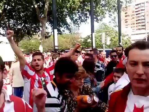 Llegada Frente Atlético a Mestalla 27/04/14