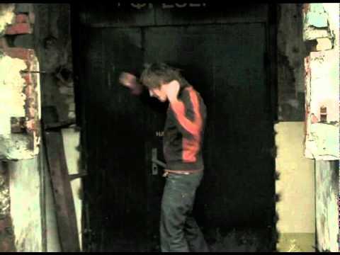 Отбивка команды квн кефир г нягань: а по тёмным улицам гуляет дождь:-), фразы музыки, слушать в качестве мп3
