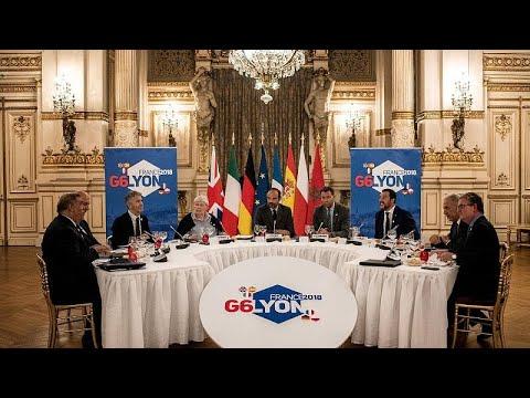 Γαλλία: Κόντρα Φιλίπ – Σαλβίνι για το μεταναστευτικό