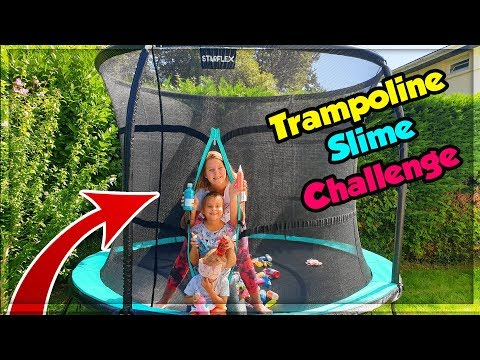 TRAMPOLINE BLINDFOLDED SLIME CHALLENGE ! Slime à l'aveugle ! видео