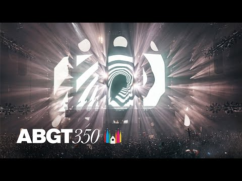 Above & Beyond feat. Zoë Johnston - Reverie (Above & Beyond Club Mix) [Live at #ABGT350 Prague]