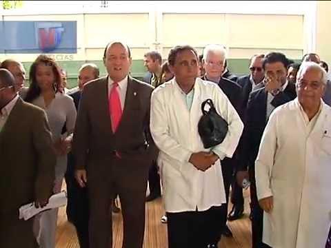 Senadoes respaldan al presidente Medina