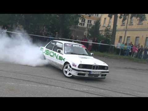 BMW E30 V8 4.0