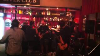 Video Čaroděj (live in River club Chomutov 17.6.2011)