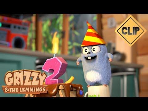 Video Anniversaire surprise avec les Lemmings - Grizzy & les Lemmings download in MP3, 3GP, MP4, WEBM, AVI, FLV January 2017