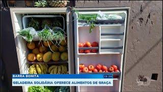 Barra Bonita: geladeira solidária oferece alimentos de graça
