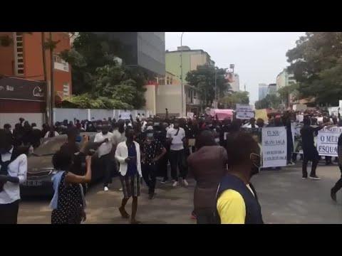 Manifestação contra a brutalidade policial em Luanda