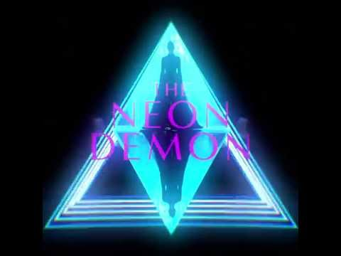 The Neon Demon (Motion Poster)