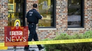 Omaha: Cops TV crew member killed by police during robbery - BBC News