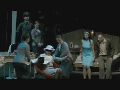 placená - FILM MILOŠE FORMANA PODLE SLAVNÉHO DIVADELNÍHO PŘEDSTAVENÍ JIŘÍHO ŠLITRA A JIŘÍHO SUCHÉHO. V kinech od 9.7.2009.