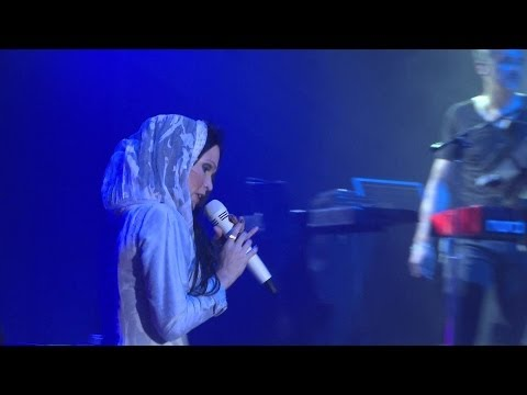 Tarja Turunen - 06.I Walk Alone (Act 1 DVD)