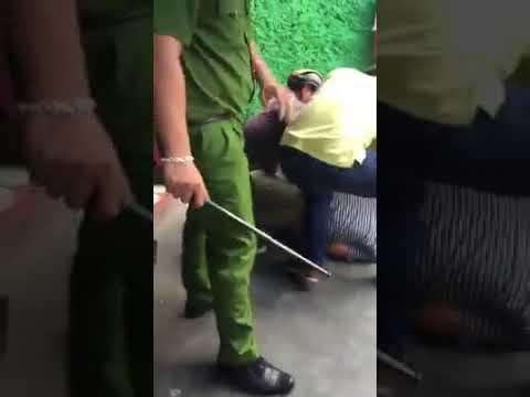 [Biến căng đét] Đâm người dã man tại ngã tư Ngô Gia Tự - Nha Trang