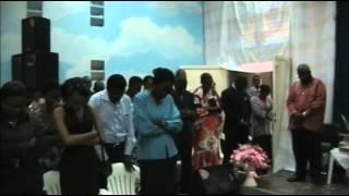 Pasteur Moïse à l'église Lifeline Congo-Kinshasa. www.kingdomimpact.us.