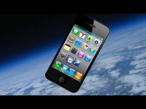 FinalCutKing - Tweet: http://bit.ly/iphone4inSpace We launched 2 iPhone 4S phones with a weather balloon to go up to 100000ft. We put one of the iPhone 4S's on an interval...