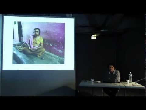 """Conférence de Kader Attia du 14 juin 2012 au Musée d'Art Moderne de Paris, dans le cadre de son exposition """"Construire,Déconstruire, Reconstruire: Le Corps Utopique"""""""
