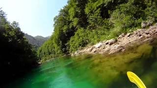 رحلة رافتينج على نهر نيريتفا