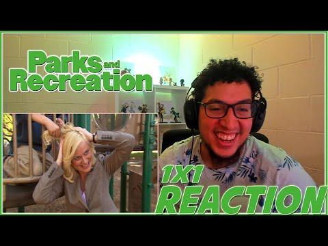 "Parks and Recreation REACTION Season 1 Episode 1 ""Pilot"" 1x1 Reaction!!!"