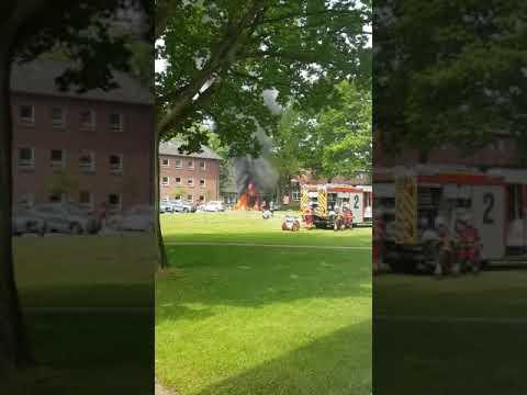 Sauerstoffflasche explodiert bei Brand eines RTWs