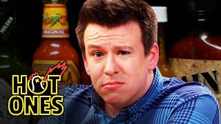 Video Philip DeFranco Sets a YouTube Record While Eating Spicy Wings | Hot Ones MP3, 3GP, MP4, WEBM, AVI, FLV November 2018