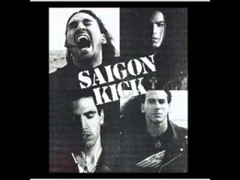 Tekst piosenki Saigon Kick - Down By The Ocean po polsku