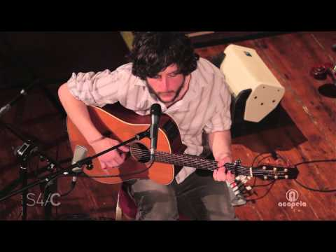 Gareth Bonello – Wylan Fry (Live at Acapela Studio)