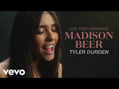 Madison Beer -