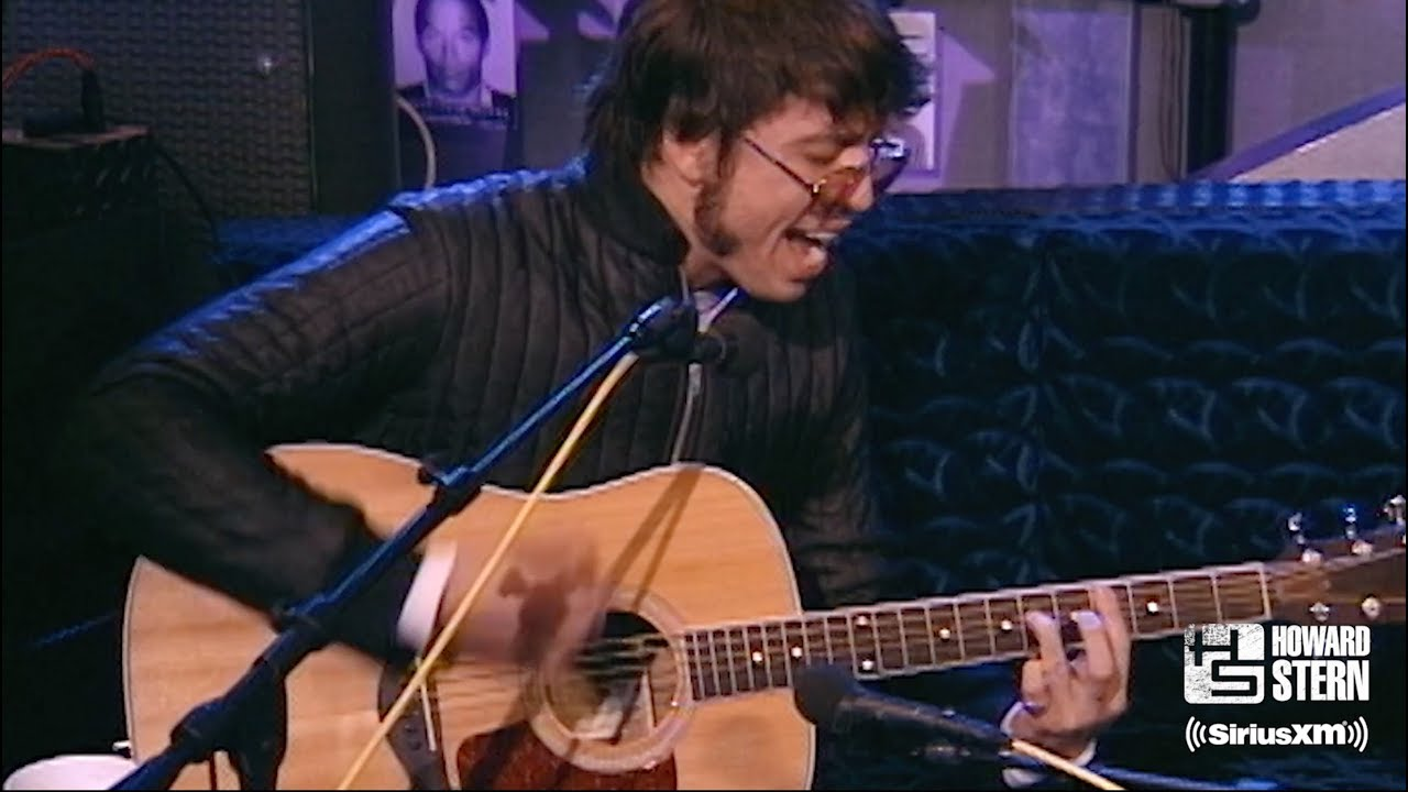 """Dave Grohl """"My Hero"""" on the Howard Stern Show in 1999"""