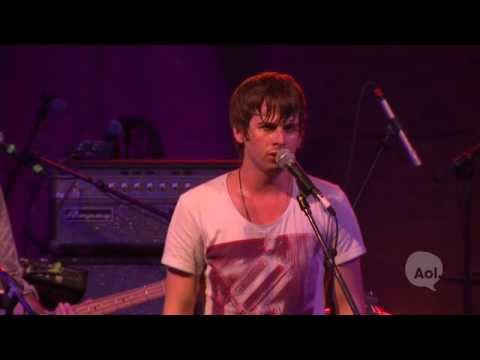 pumped - Foster the People playing Pumped Up Kicks live from South By Southwest. Full album Torches due out May 24th. More Foster the People Live music on my Channel.