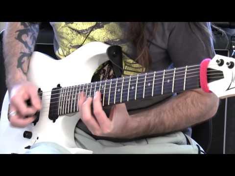 Paul Gilbert Picking & Legato Run - Badass Guitar Tips Ep 14