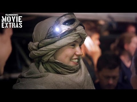 Star Wars: The Force Awakens 'Rey's Costume Design' Featurette [Blu-Ray/DVD 2016]