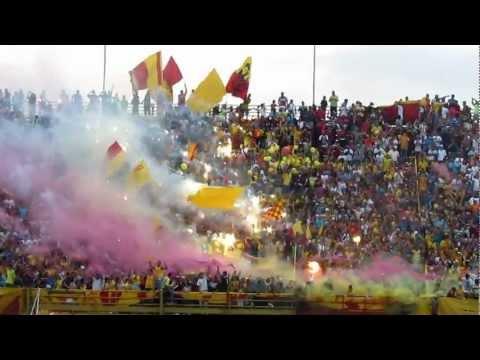 Recibimiento: Aragua FC - Caracas FC | @SoloFutbol_VE | SoloFutbolVe.com.ve - Los Vikingos - Aragua - Venezuela - América del Sur