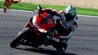 2. 2013 Aprilia RSV4 R and Factory APRC ABS at Estoril Full Review