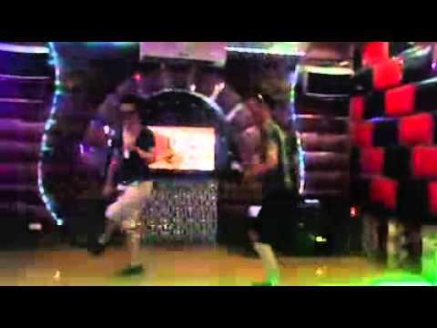 Châu Việt Cường và Hiệp Gà đi hát Karaoke (Cực vui)
